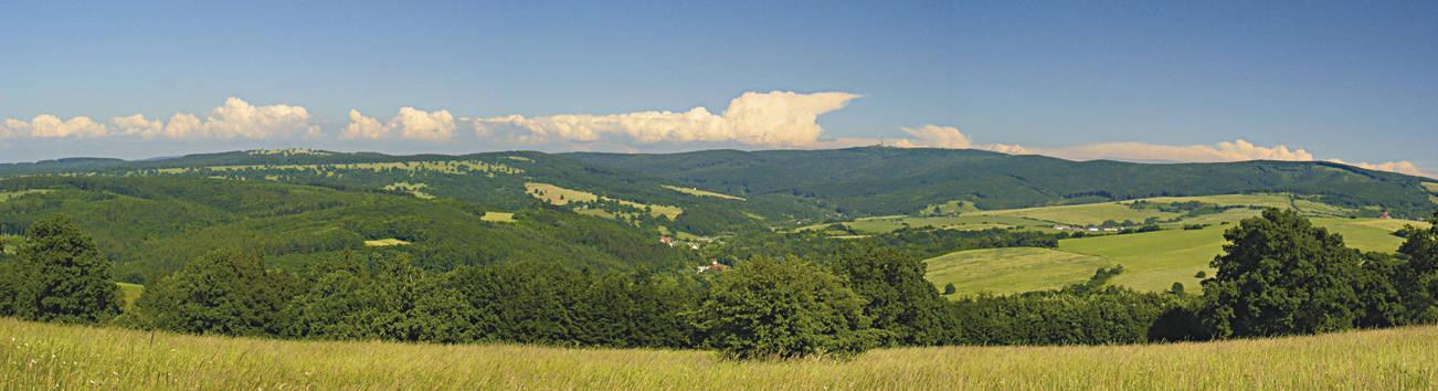 Krajina Bílých Karpat. Zdroj: http://www.casopis.ochranaprirody.cz/